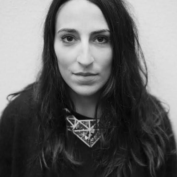 Caroline Nedelec pour HYES
